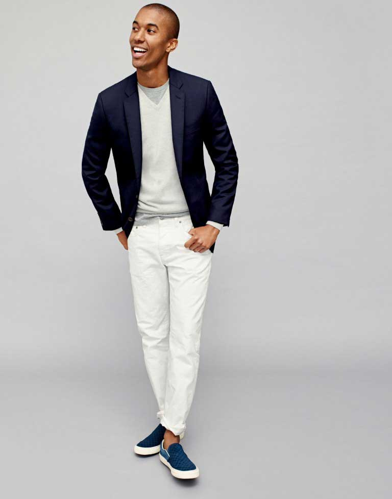 1d4484846da9f Navy Blue Blazer: Men's Outfit Essential | The Ultimate Style Guide